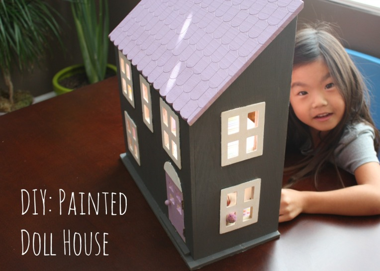 fDIY Painted Doll House